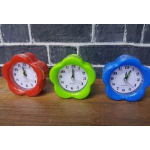 Toptan Renkli Plastik Çalar Masa Saati